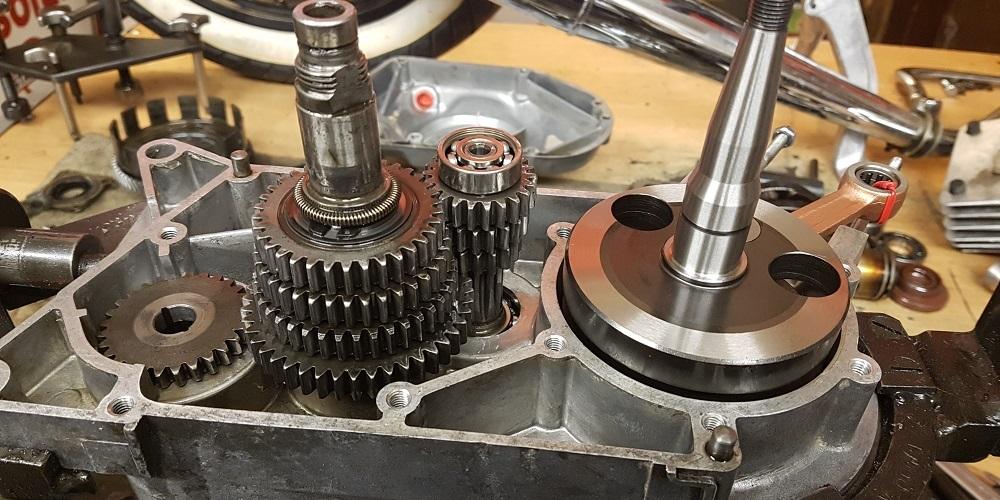 Simson-Motor-S51-montieren-4Gang